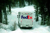 FEDEX stock photo winter delivery.jpg (56274 bytes)
